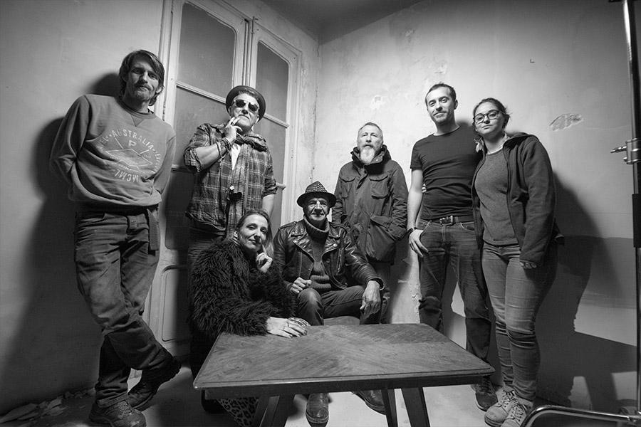 photo de fin tournage du clip de musique tournée à Toulon pour le groupe Raoul Petite