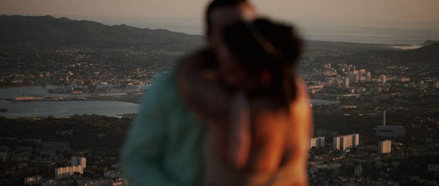 Vidéo Mariage alternatif Toulon Var Provence avec vue sur la rade depuis le faron