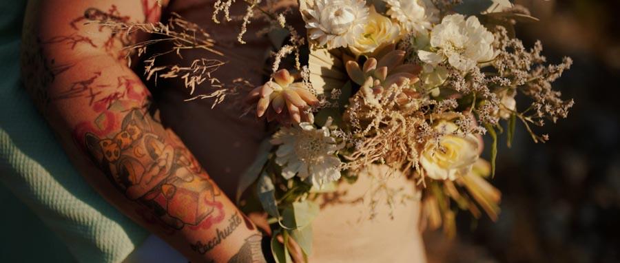 Vidéo Mariage rock Toulon Var Provence entre fleurs et tatouage