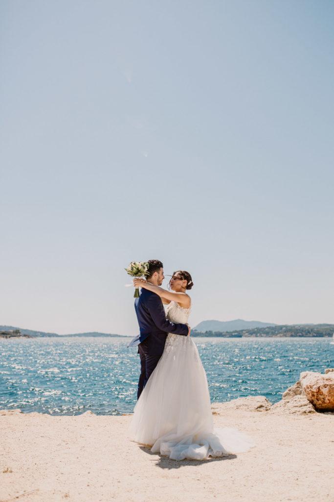 Photo de mariage à Toulon au Port Marchand