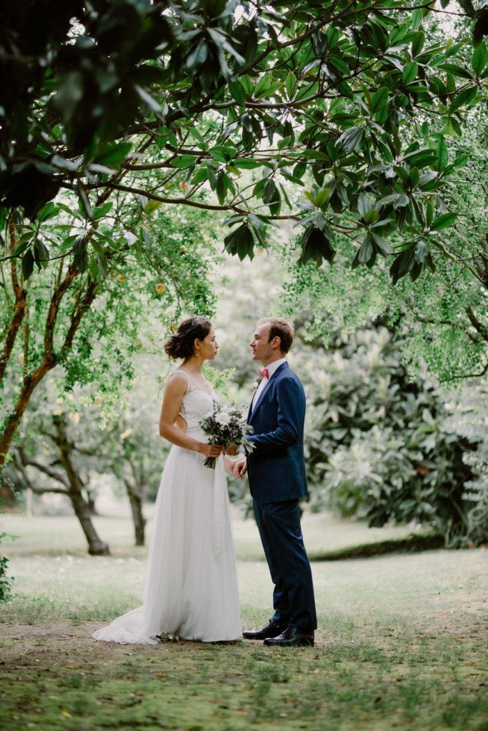 photographe au domaine du moulin des gaffins séance couple mariés