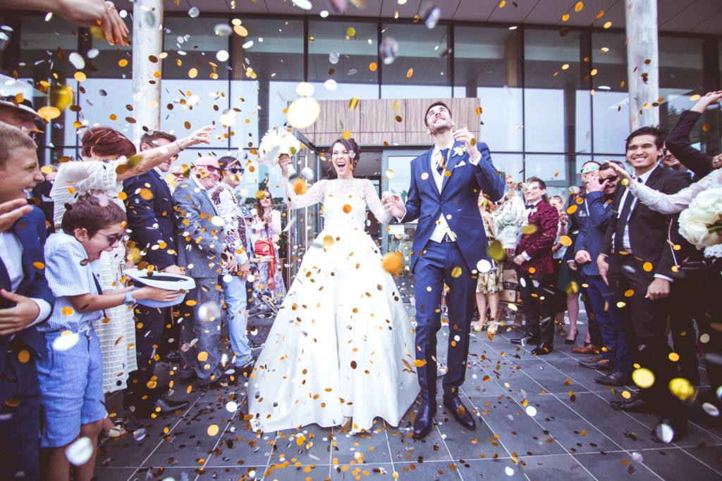 photographe et vidéaste de mariage aux pins penchés et à toulon