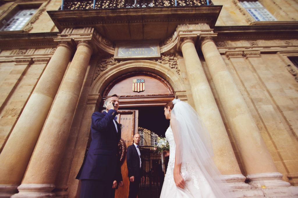 mariage à aix en provence devant la mairie