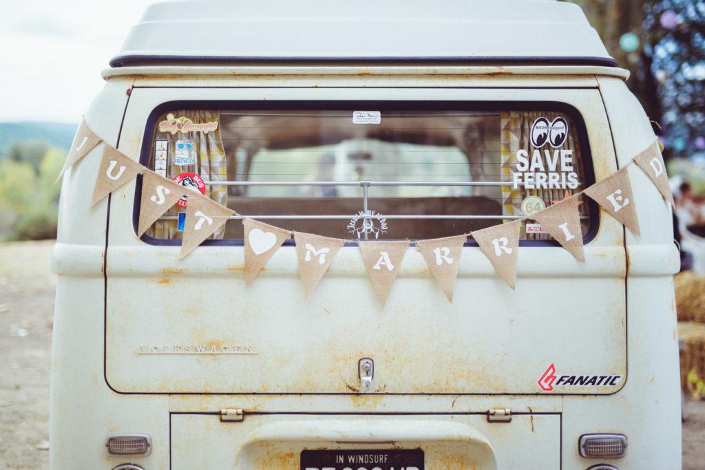 van décoré pour un mariage à aix en provence