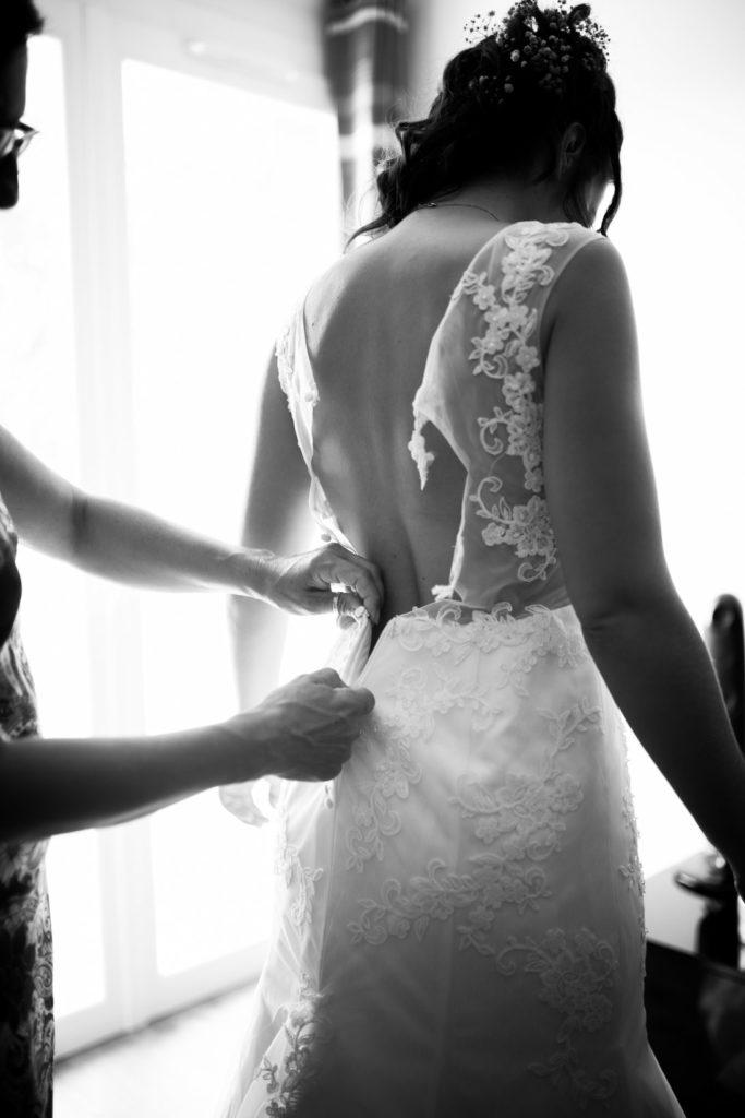 Photo de préparation de la mariée à Six-Fours