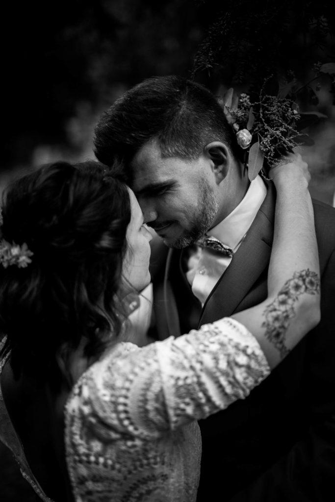 marié tatoué avec son mari à la demeure de cancerilles